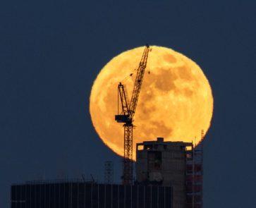 Super Moon Manhatten Jan 1 2018